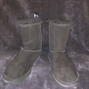 Bear Paw black boots